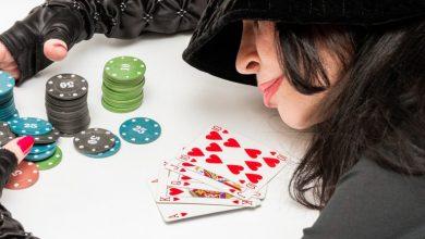 how do casinos make money